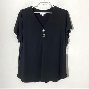 89th & Madison Toggle Button Short Sleeve Blouse